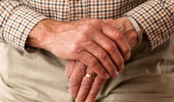 Pensione anticipata contributiva a 64 anni: ecco per chi