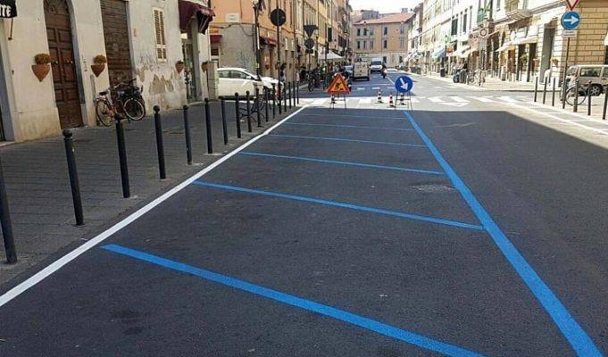 Multa strisce blu non valida se non c'è un parcheggio gratuito nelle vicinanze