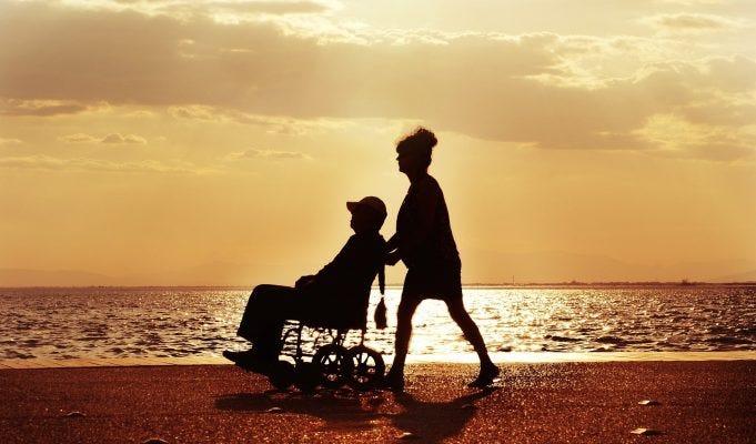 Congedo straordinario di 24 mesi per caregiver