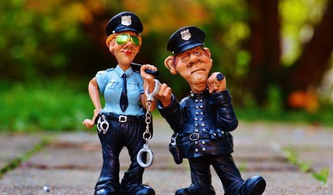 La polizia può perquisirti per strada? Anche lo zaino?