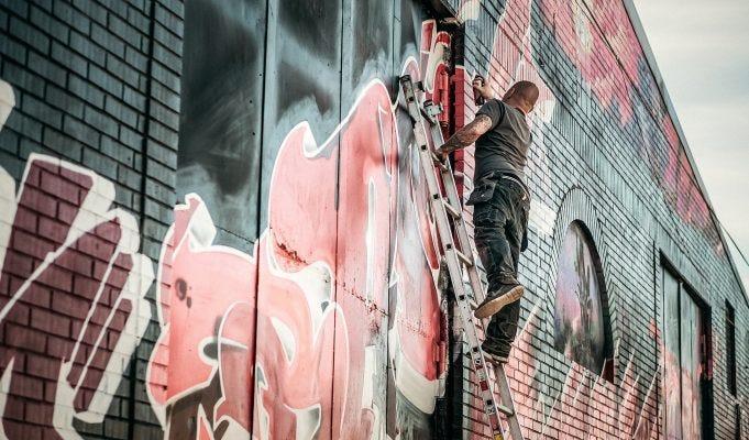 Cosa si rischia a fare dei graffiti?