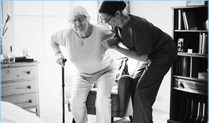 Lavoro badante, rientra nel lavoro usurante o gravoso per la pensione?