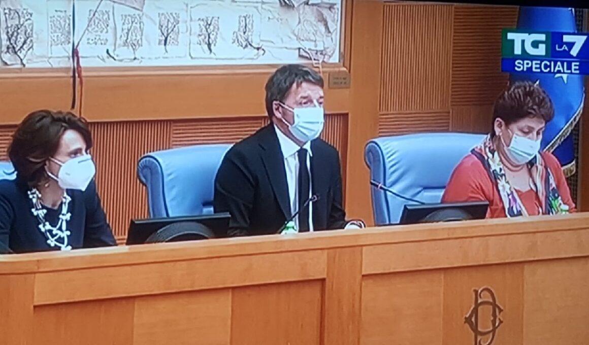 Crisi di governo Crisi di governo, Matteo Renzi: si dimettono Bellanova e Bonetti. I motivi della decisione